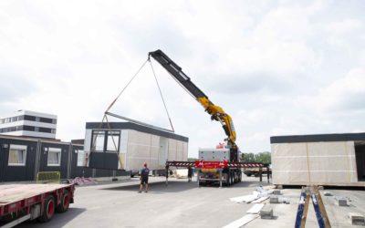 Hejsning, transport og opsætning af pavilloner for ABC Pavilloner til ny byggeplads i Risskov