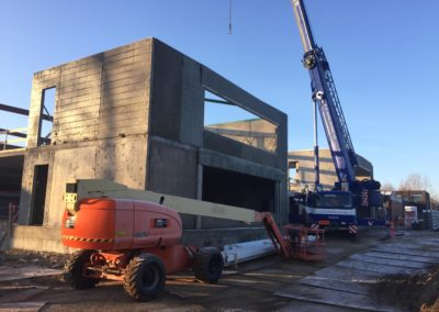 Holbæk-KG-Mobilkraner-arbejder-med-elementmontage-og-hejs-af-jernkonstruktioner_0001