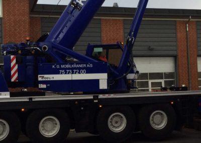KG Mobilkraner flytter 90 tons boremaskine_0007