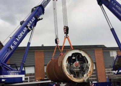 KG Mobilkraner flytter 90 tons boremaskine_0011
